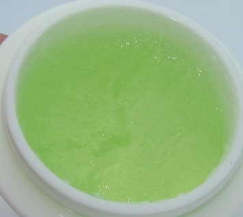 Tony-Moly-Ice-Queen-Crispy-Green-Tea-Pack-3
