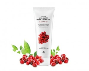 Lioele Vita Juicy Foam Cleanser Cranberry
